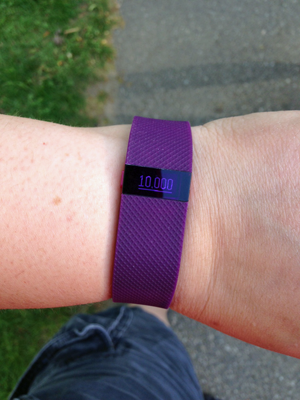 Getting love from my Fitbit ChargeHR upon reaching 10,000 steps