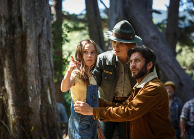 Natalie (Laurence), Grace (Howard), and Jack (Bentley)